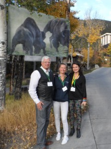 Keith Aune and Marie-Eve Marchand from American IUCN Bison Specialist Group and Yvonne Kemp (middle) from Rewilding Europe.